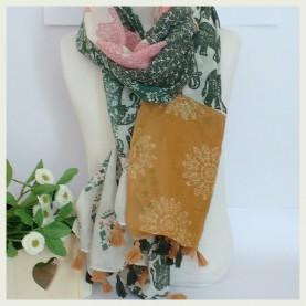 Pañuelo estampado  mostaza y verde