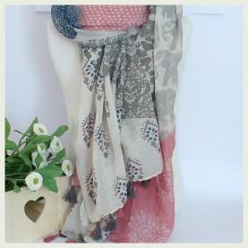 Pañuelo estampado  gris y rosa