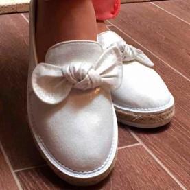 Golden woman shoes