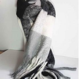 Pañuelo XL de lana a cuadros nrgro