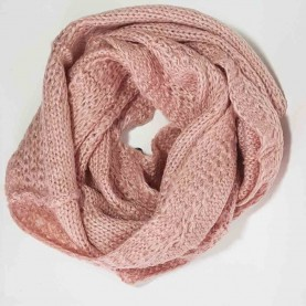 Cuello de lana rosa