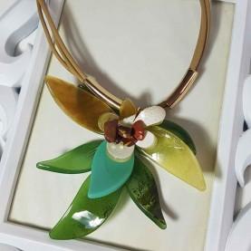 Collar corto verde Malma
