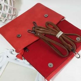 Bolso de mano rojo