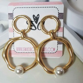 Pendientes dorados perla Vania