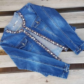 Jacket with cristal details