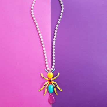 Long Necklace Spider