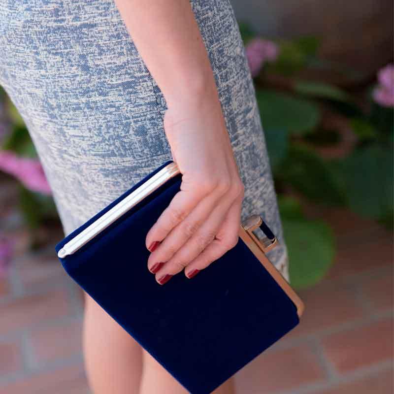 Bolso azul oscuro