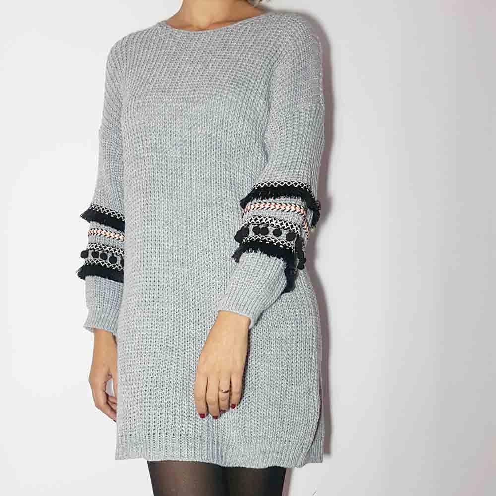 vestido gris de lana