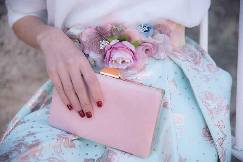Cinturón de flores rosa